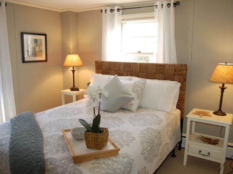 Hyannis queen bedroom